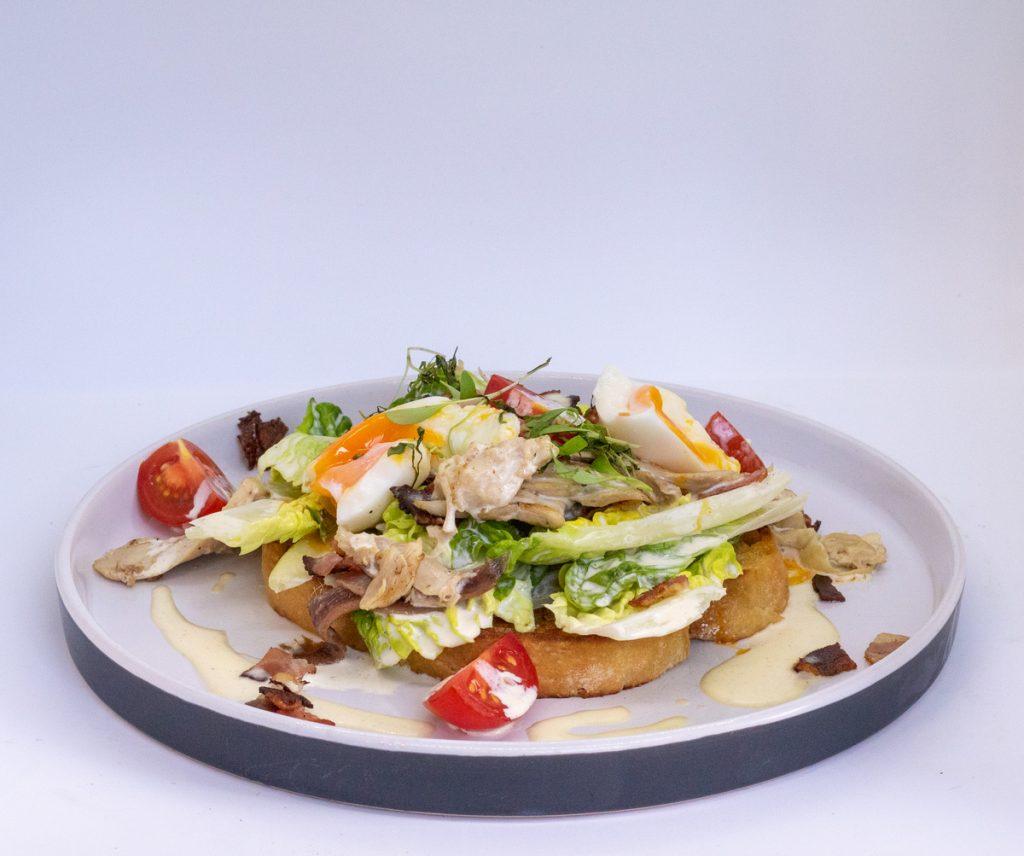 Duke of Wellington, Crispy chicken salad egg iceberg lettuce Healthy