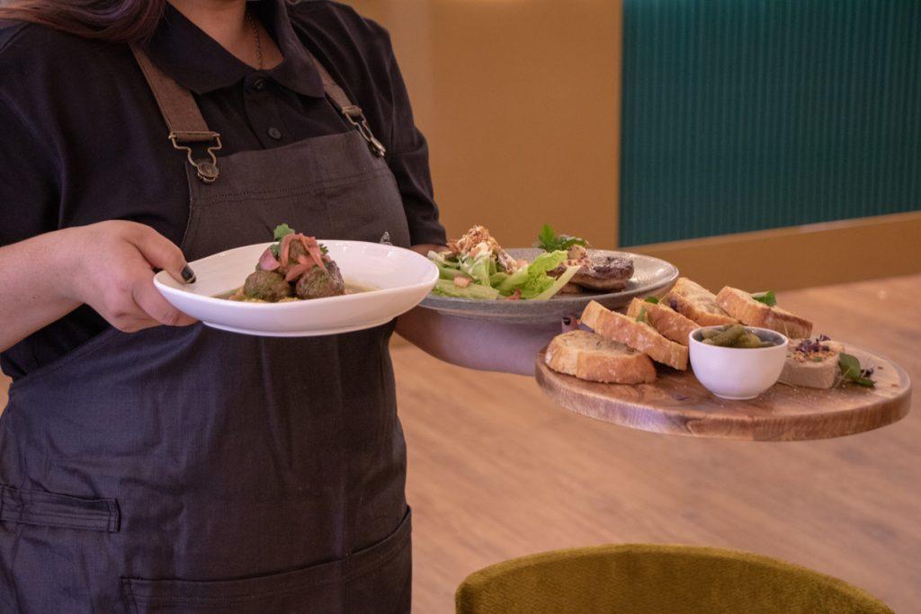Duke of Wellington New Zealand Great Service Good Food Restaurant Bar Gastropub
